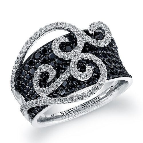 250 White and Black diamonds weighting 2 1/2 cts, are pave and prong set in this stunning ring.